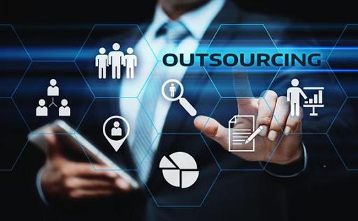 Dịch vụ IT thuê ngoài có lợi thế về công nghệ và kỹ thuật